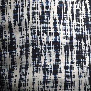 Scratchy textures Scratchy, noisy and gritty textures relating to WGSN's Industrial Evolution macro trend are key for autumn/winter 2014/15. Geometric patterns, spots, stripes, checks and abstract all-overs have a hand-crafted artisan feel. Monochromatic versions are key for commerciality.