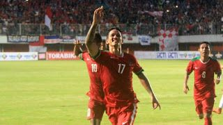 Irfan Bachdim merayakan gol ke gawang Vietnam/goal.com     Timnas senior Indonesia kembali mencat...