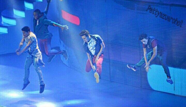 Los chicos en Violetta Live 2015 en Madrid