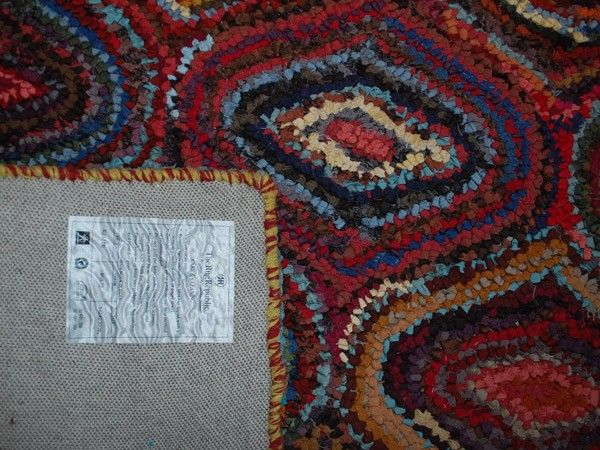 Vevd teppe med multifarget ornamenter