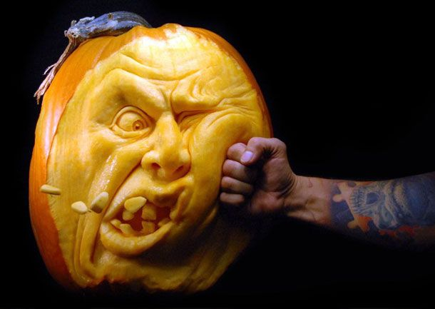 Wish I was this talented! I have yet to carve a pumpkin this year :(
