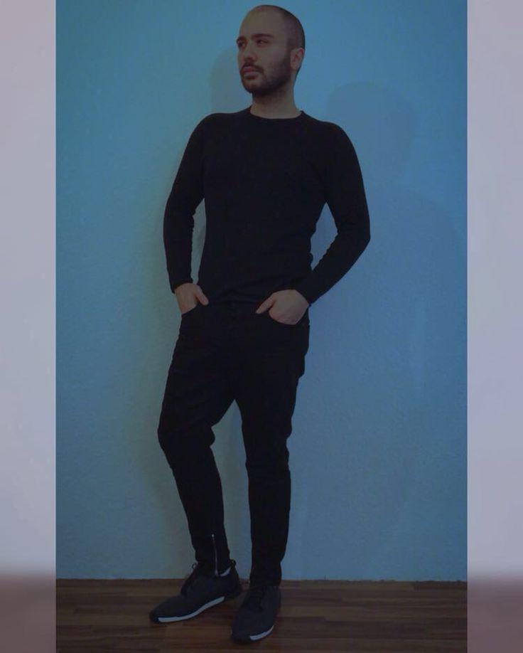 handsome actor nareg shanoyan handsome actors most. Black Bedroom Furniture Sets. Home Design Ideas