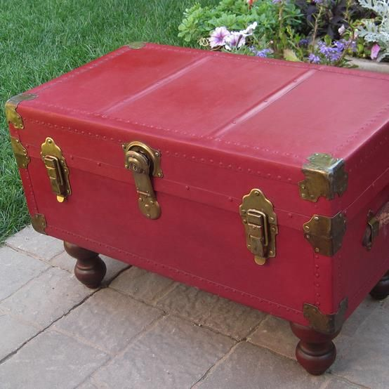 Omg! I love this trunk turned coffee table idea! DIY {Antique Trunk} Makeover using {Annie Sloan Chalk Paint!}