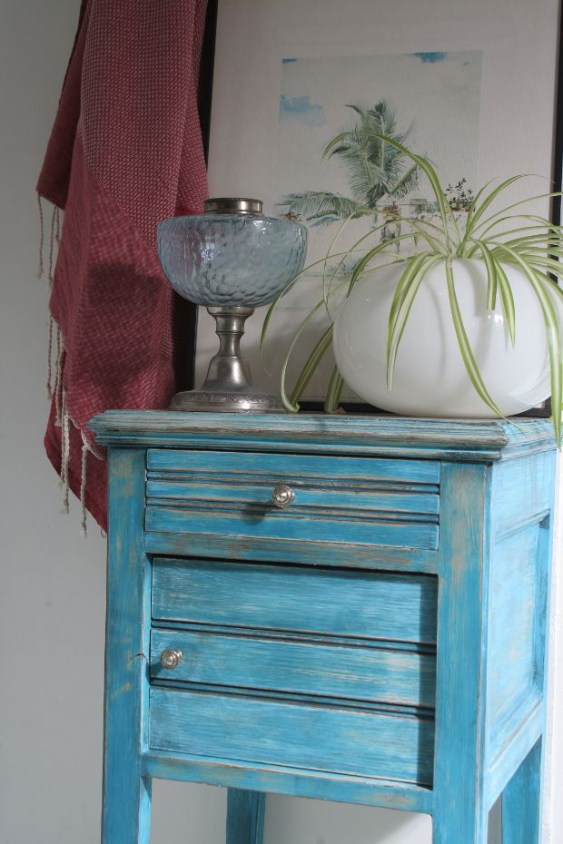 30) patiné bleu turquoise Patina  turquoise blue bedside table
