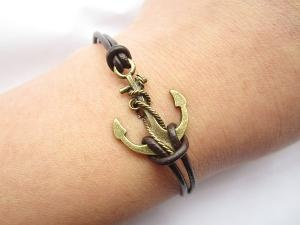 DIY Anchor Bracelet!