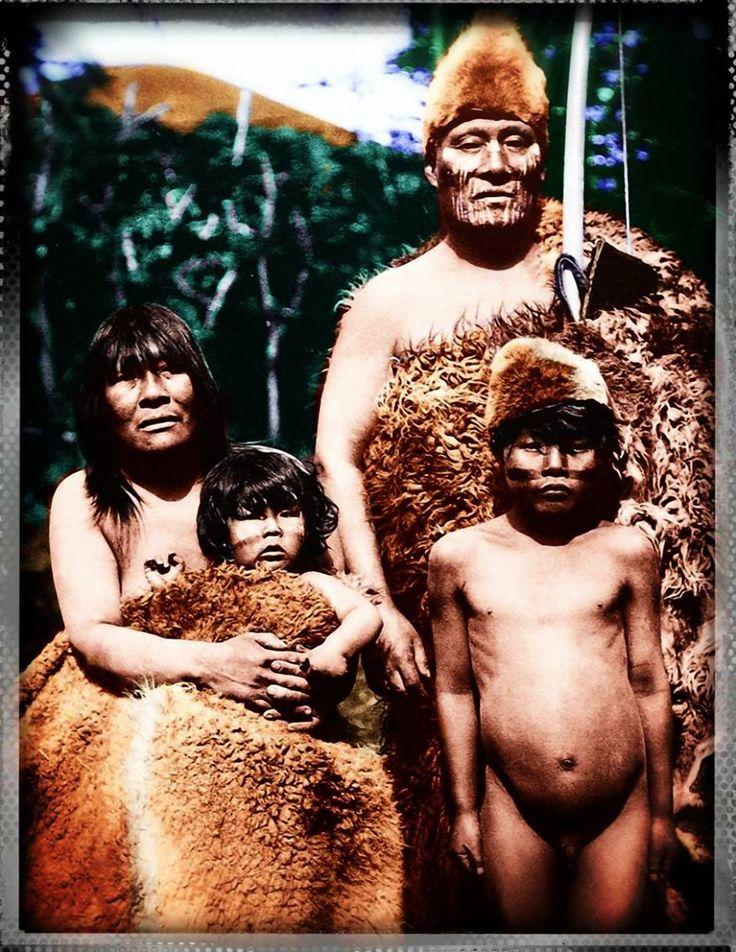Familia Selknam.