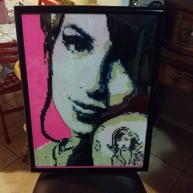 Amy Winehouse portrait hama beads by babelovespookie