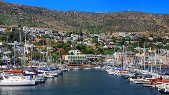 There is so much to do in Simon's Town. There is always something on for everyone, no matter what age. There's the SA Navy Museum, Just Nuisance statue at Jubilee Square, visit to the Warrior Toy Museum, the Penguin Colony at Boulders Beach, movie shows at the Lord Nelson Hotel and so much more!   For more information: http://www.simonstown.com/
