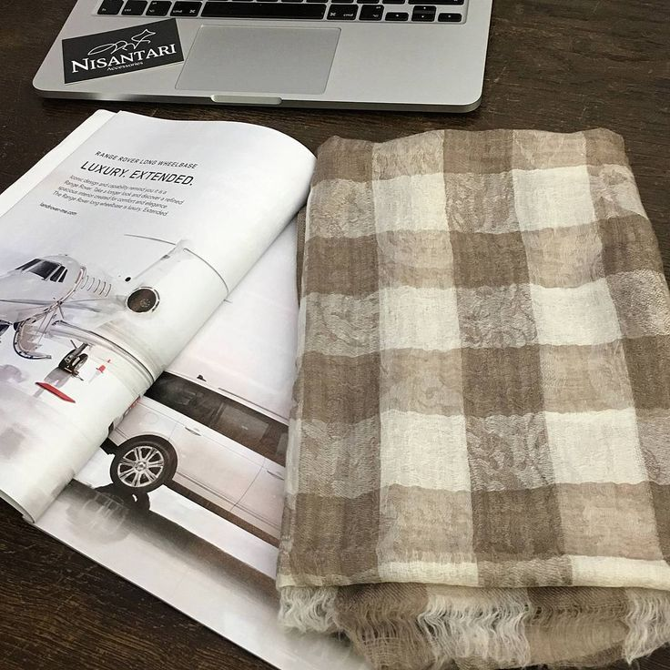 Studying some #forbes magazine during work! What are you up to? Have you already seen our scarves? www.nisantari.com. #menswear #menwithclass #nisantari #accessories #gentleman #luxury #scarf #men #style #mnswr #mensfashion #business #cashmere #model #gentslounge #lookbook #ff #followback #dailystyle #classy #gq #fashion #mensgoods #dapper #Wiesbaden #Germany #brown #apple #macbook #forbes