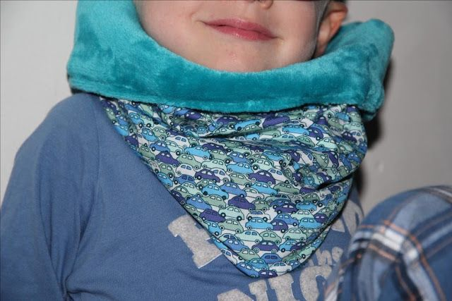 Snood en pointe enfant