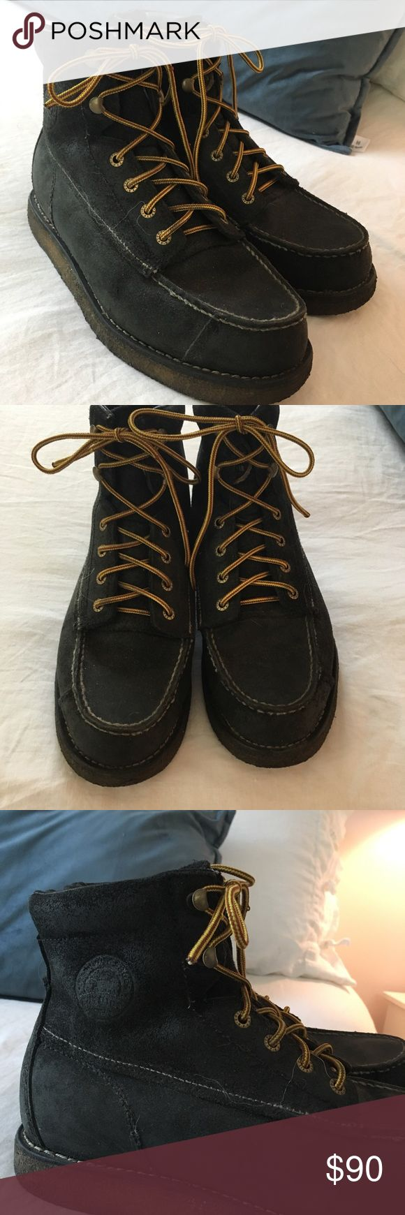 Men's Red Wing Black Boots, size 9 Men's size 9 (UK 8), authentic Red Wing Irish Setter Boots, barely worn in great condition. Red Wing Shoes Shoes Boots