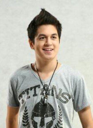 """Kevin Julio """"Aktor Ganteng Ganteng Serigala"""""""