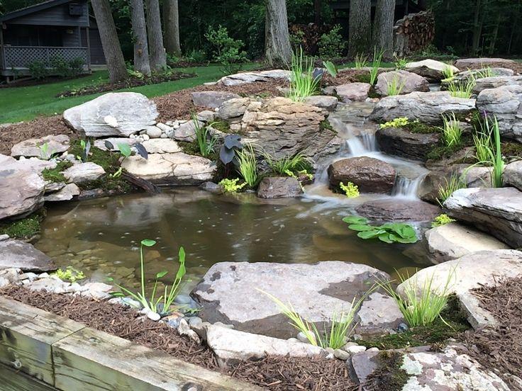 36 best backyard ponds fish ponds koi ponds for Garden fish ponds