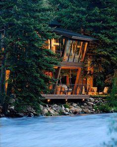 Twilight house, Aspen, Colorado ~ WOW! It looks like it is falling into