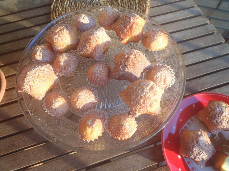 Les receptes que m'agraden: Magdalenes de llimona i confeti - Magdalenas de li...