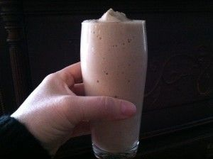 Almond Milk Peanut Butter Banana Smoothie....Weight Watcher's 3 Points Plus!