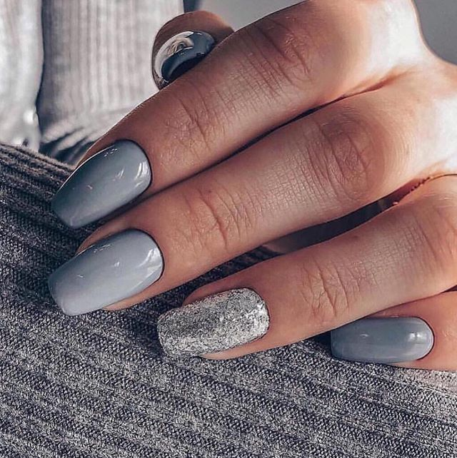 Mismatched Blue Grey And Silver Nails Mismatched Nail Designs Winter Nails Winternails Designs Mismatched Neutral Nails Silver Nails Bridesmaids Nails