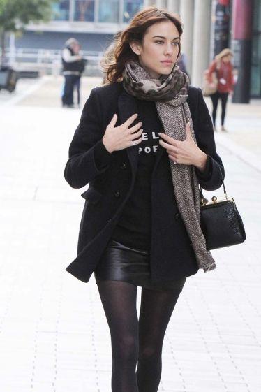 Alexa Chung saliendo de los estudios de televisión, después de aparecer en el Show del programa matinal de los desayunos de la BBC, en Manchester.