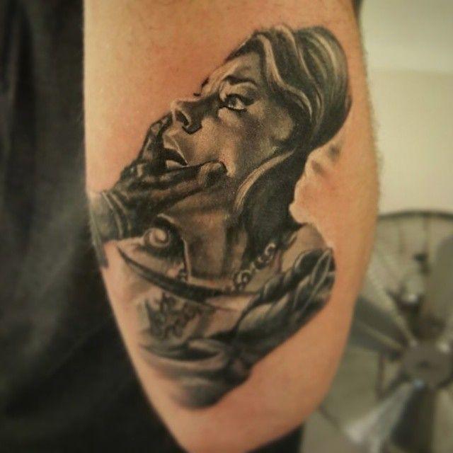 Giallo Tattoo  #tattoo #kadikoy #eksi2tattoo #istanbultattoo #dovme #kadikoytattoo #ink #inked #blackandwhitetattoo #armtattoo #dövme #besttattoo #tatted #tattoos #originaltattoo #follow4follow #f4f #followus #instatattoo #bwtattoo #giallo #movietattoo #illustrationtattoo #giallotattoo #kadıköy #tattoostudio #bodyart #bodytattoo #realistictattoo #cooltattoo