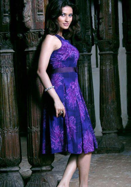 Fashion: Gowri Pandit