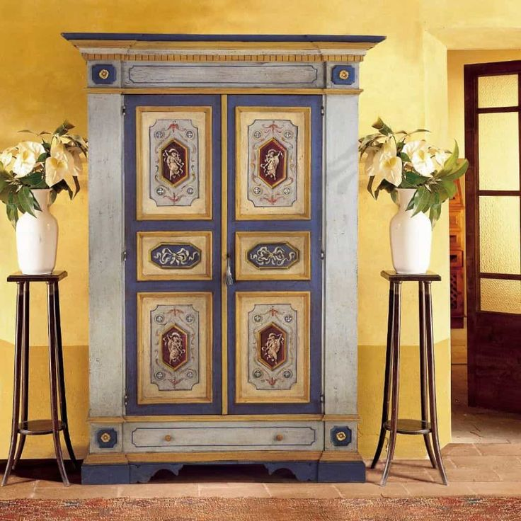 Painting Your Tuscan Furniture