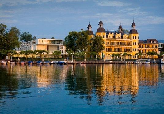 Schlosshotel am Wörthersee mit Luxus-Spa