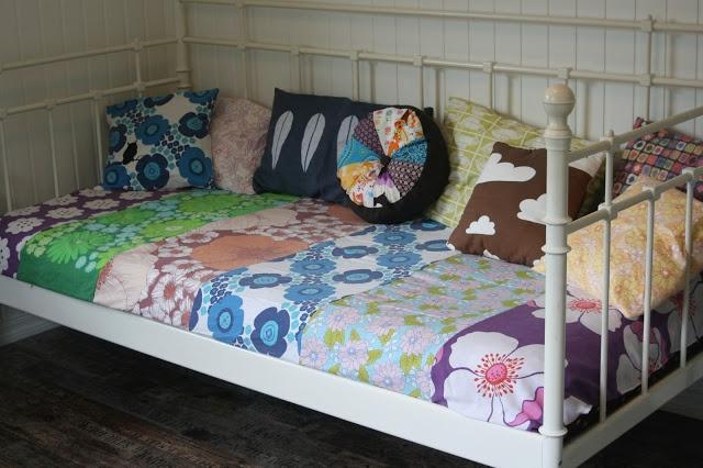 Sew retro vintage pillow cathrineholm