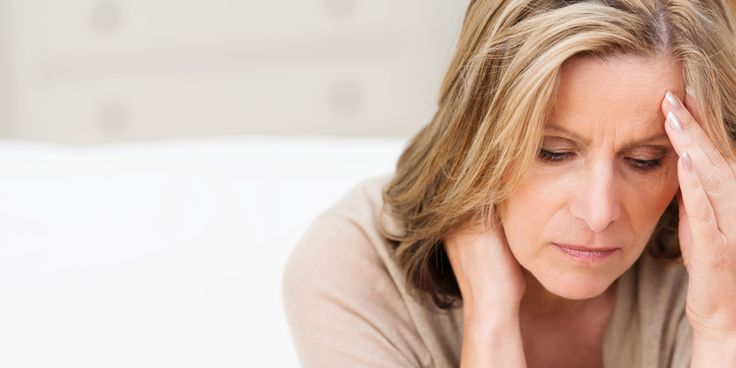 In de overgang daalt het niveau van het vrouwelijke hormoon oestrogeen. De eierstokken verliezen geleidelijk hun functie en uiteindelijk houdt…