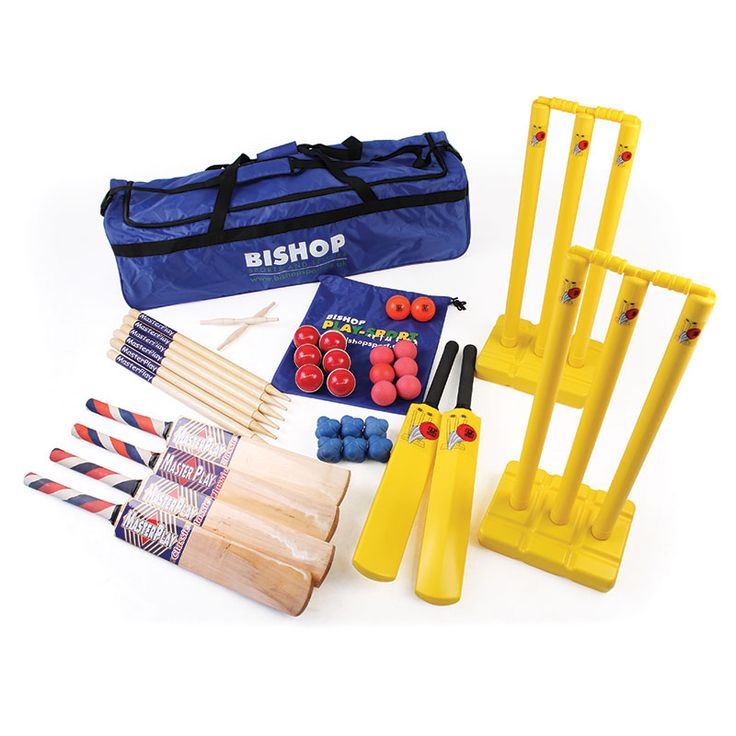 JUNIOR CRICKET COACHING KIT is a cricket coaching kit for players of varying abilities. Contains Midi cricket equipment but also equipment for progression all contained in a holdall.