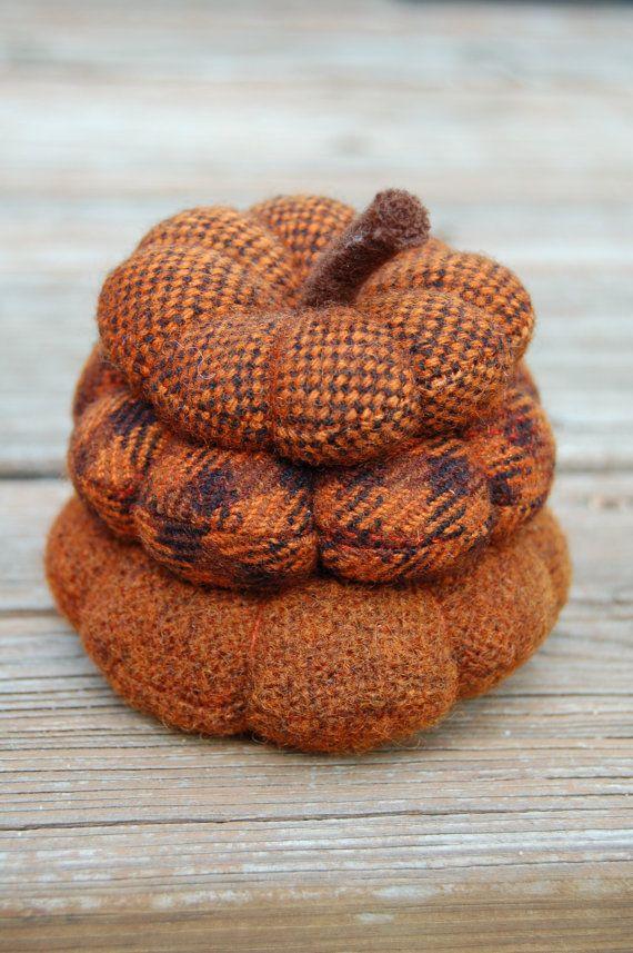 Primitive Wool Pumpkin Stack Pincushion Pinkeep by Pebblebrooklane,