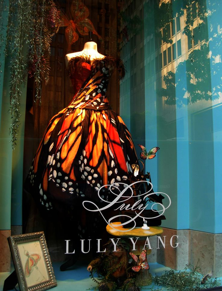 "LULY YANG COUTURE, Seattle,WA,USA, ""Evening,bridal&custom dresses by the namesake designer"", pinned by Ton van der Veer"