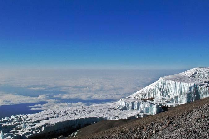 Las islas Galápagos entre los sitios naturales del mundo amenazados por el cambio climático. (recuperado el día 15 de Noviembre a las 17:00 hrs de El Universo: https://www.eluniverso.com/vida/2017/11/13/nota/6478621/se-duplica-numero-sitios-naturales-mundo-amenazados-cambio-climatico)