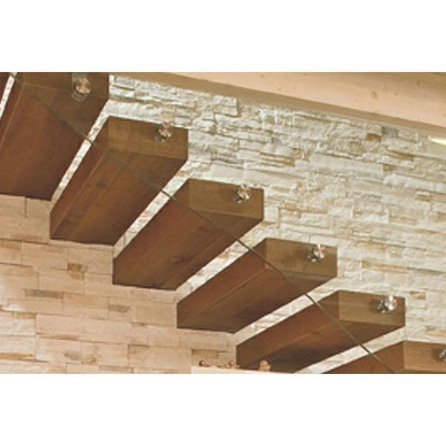 #STAIRCASE #DECOR #ROVERE #DESIGNSTAIRS #HOME #FIEMME3000 #STYLE #MODERNDESIGN #DETAIL #LIFESTYLE #PROJECT #INTERIORDESIGN #FURNITUREDESIGN #ARCHTECTURE #PARQUET #STONE