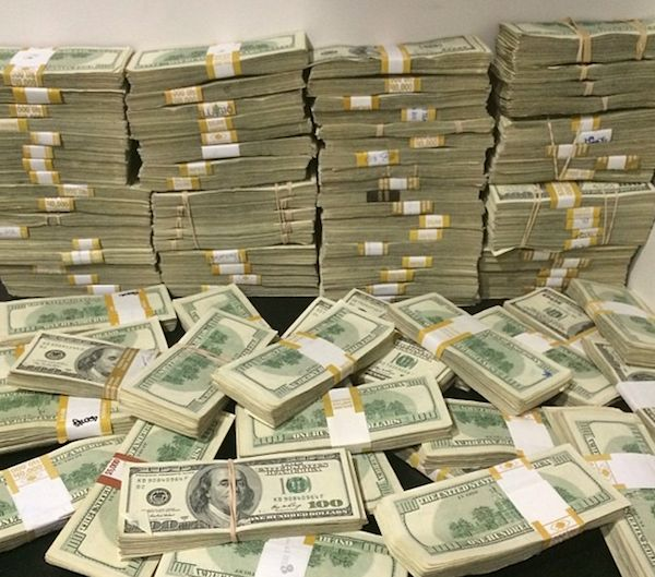 This Millionaire Poker Player's Instagram Makes The Rich Kids Of Instagram Look Poor (Photos)