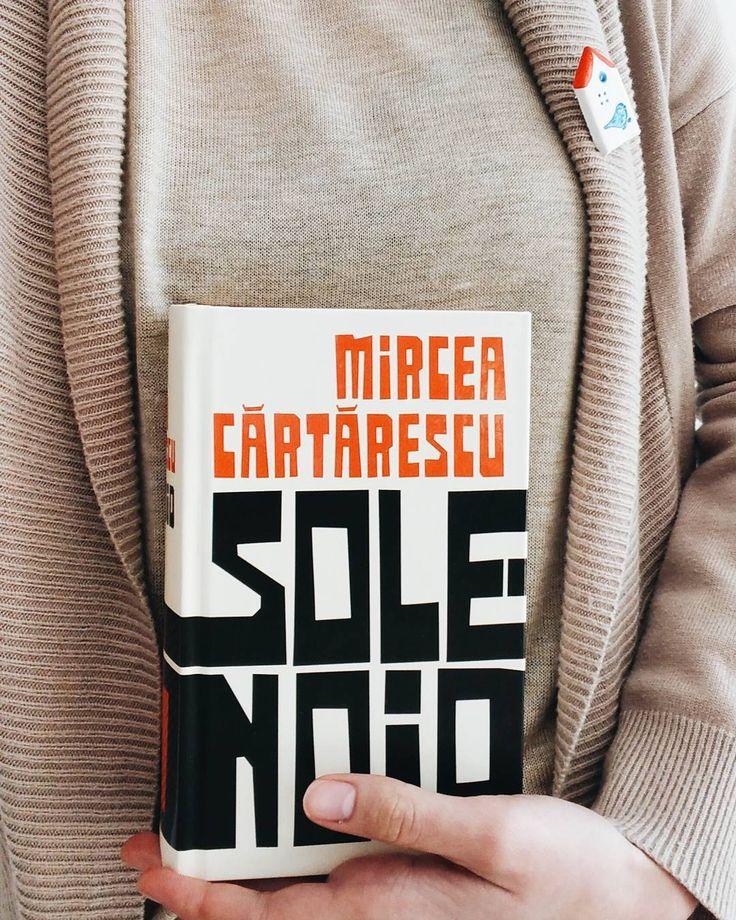 """Aţi văzut cea de-a treia ediţie a volumului """"Solenoid"""" de Mircea Cărtărescu, recent apărută? Care ediţie vă place mai mult?"""