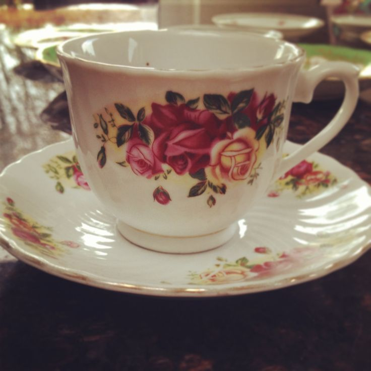 More floral cups and saucers!