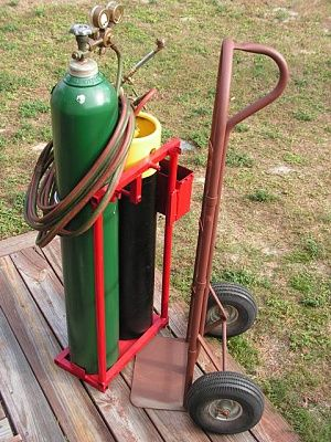 www.pensacolafishingforum.com attachments f51 67557d1354830224t-cutting-welding-oxy-acetylene-torch-outfit-tanks-cart-detached2-jpg