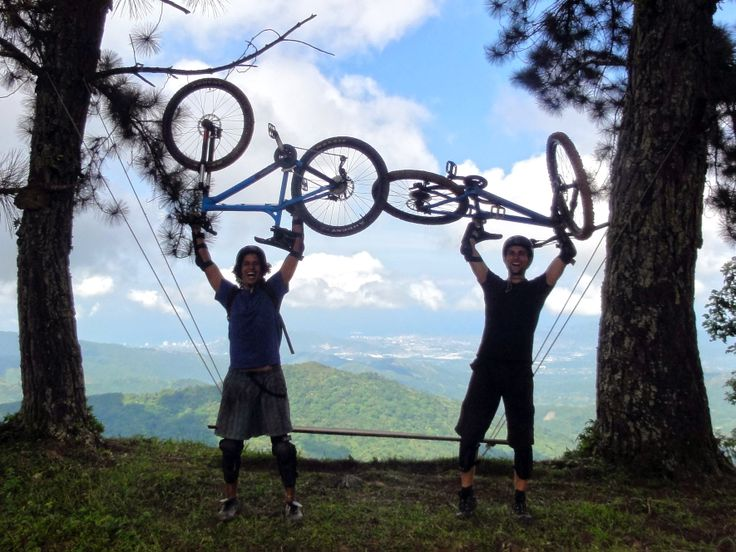 You will love seeing the beautiful views from your bike during our mountain biking experience.
