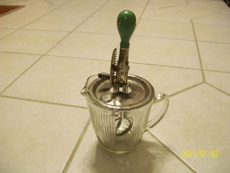 Vintage A Amp J Hand Crank Egg Beaters Glass Measuring Cup