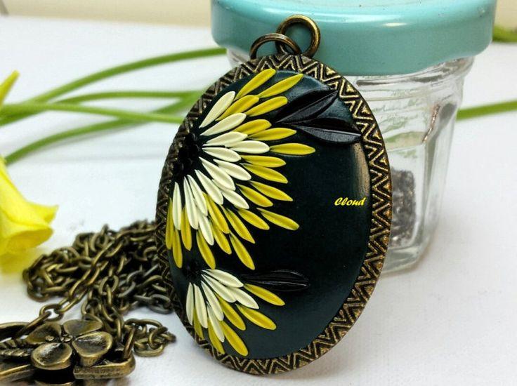 Ciondolo fiori del sole in pasta polimerica di Cloud Jewelry Claudia Nicolazzo Prezioso regalo, unico e irripetibile. Ciondolo floreale fimo di ClaudiaNicolazzo su Etsy
