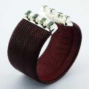 Sterling Silver Peridot Gems Lizard Leather Bracelet