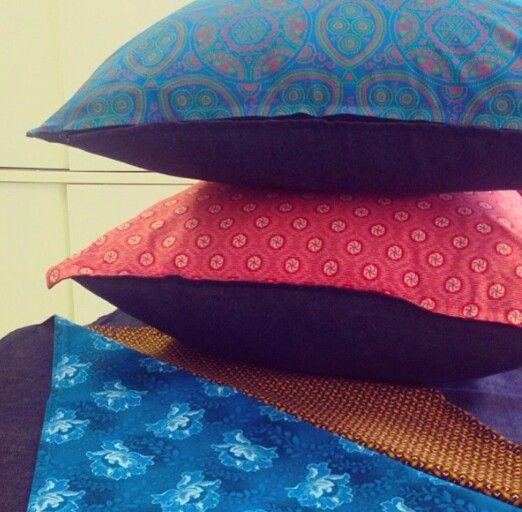 AfroChicDecor. Shweshwe cushions. Photocred: instagram @destinymoonprints