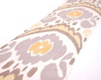 Tessuto ikat disegno blu giallo tessuto di seta di Ikatian su Etsy