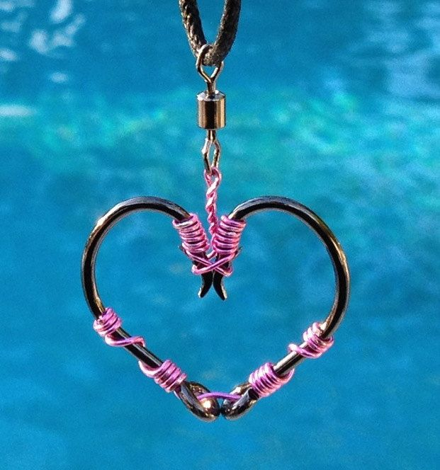 FISH HOOK HEART Necklace - Pink on Black Hooks. Adorable!