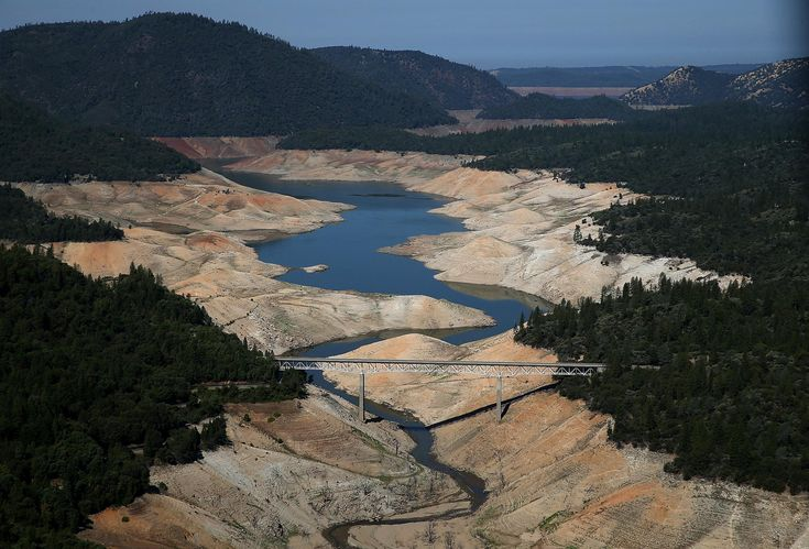California Drought Crisis Takes Toll On Lake Oroville - http://www.nbcnews.com/storyline/california-drought/california-drought-crisis-takes-toll-lake-oroville-n185001