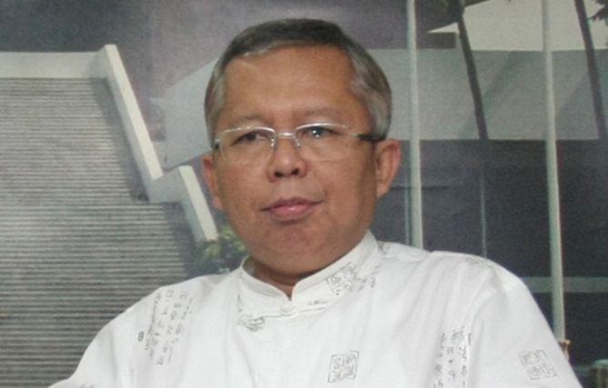"KIBLAT.NET, Jakarta – Anggota Komisi III DPR RI, Arsul Sani menyatakan bahwa, aturan terkaitseseorang yang menyerukan atau berkhutbah berisi ajakan radikal harus diperjelas. Jika tidak,menurutnya, dikhawatirkan akan banyak korban salah tangkap yang terkena pasal revisi UU Terorisme. ""Norma hukumnya harus jelas, tidak boleh kabur, sehingga tidak ada korban ketentuan pidana revisi UU Terorisme,"" ujarnya kepada …"