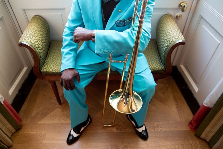 """Oct. 15, 2015 """"Chuck Kennedy made this photograph of a member of the Orquesta Buena Vista Social Club waiting in the Green Room of the White House prior to a reception for Hispanic Heritage Month and the 25th Anniversary of the White House Initiative on Educational Excellence for Hispanics."""" (Official White House Photo by Chuck Kennedy)"""