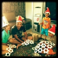 """""""Thank you for the wonderful Xmas Tree! Everyone loved it! My kids were ecstatic! Our family and friends were impressed!""""     Thanks to Shan (the winner of our Korol Christmas Tree Competition) for this feedback, and for the image of the family gathering."""