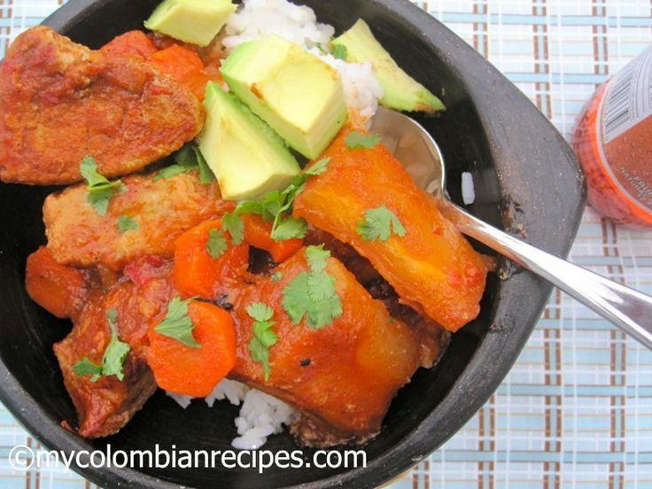 Estofado de Cerdo y Yuca (Pork and Cassava Stew) mycolombianrecipes.com