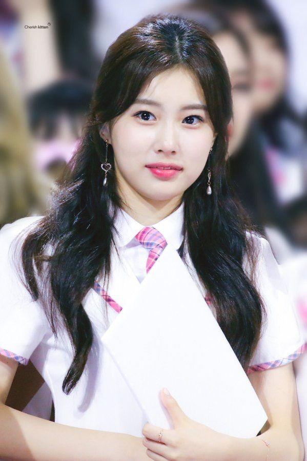 kang hyewon #강혜원 ♡ #IZONE #아이즈원 | ฮเยวอนนี่ in 2019 ...